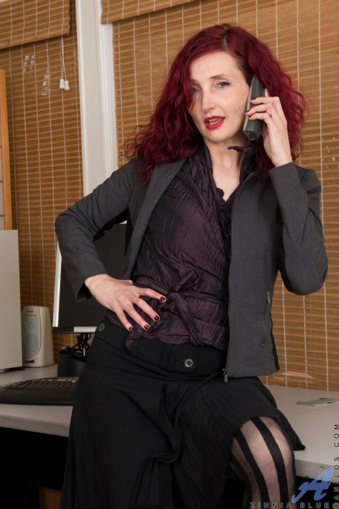 Redhead Mature Zinnia Blue Playing With Herself At Anilos