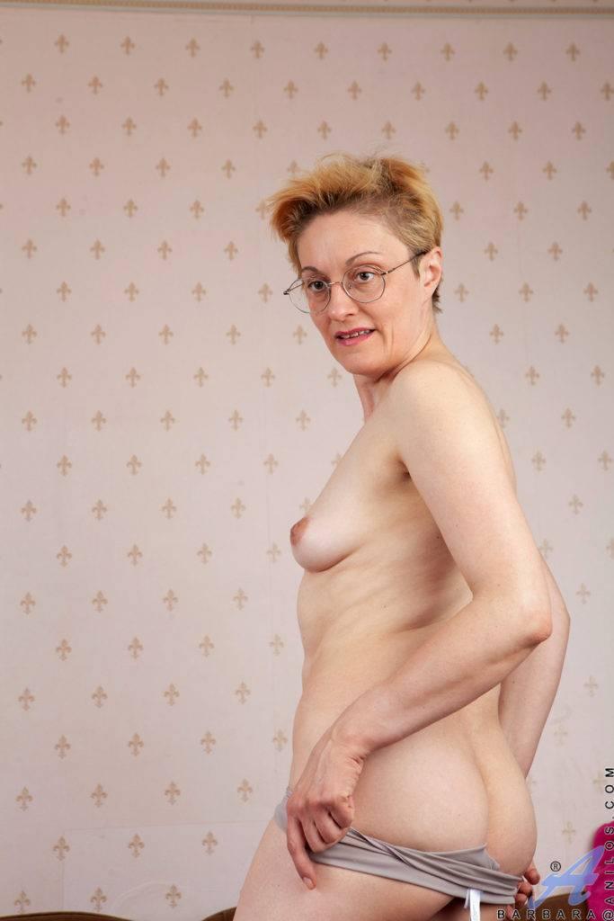 Blonde Russian Mature Barbara Ready To Fuck At Anilos