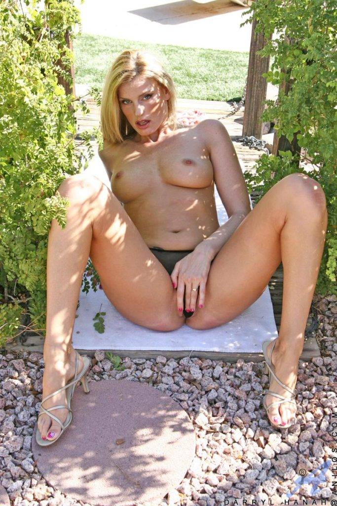 Darryl Hanah Plays With Her Hot Pussy Outside In The Sun At Anilos