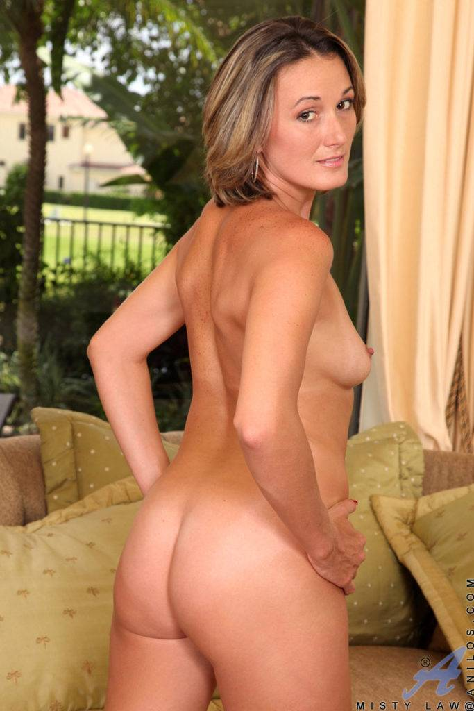 Sexy Cougar Misty Law Shows Off Her Shaved Pussy At Anilos