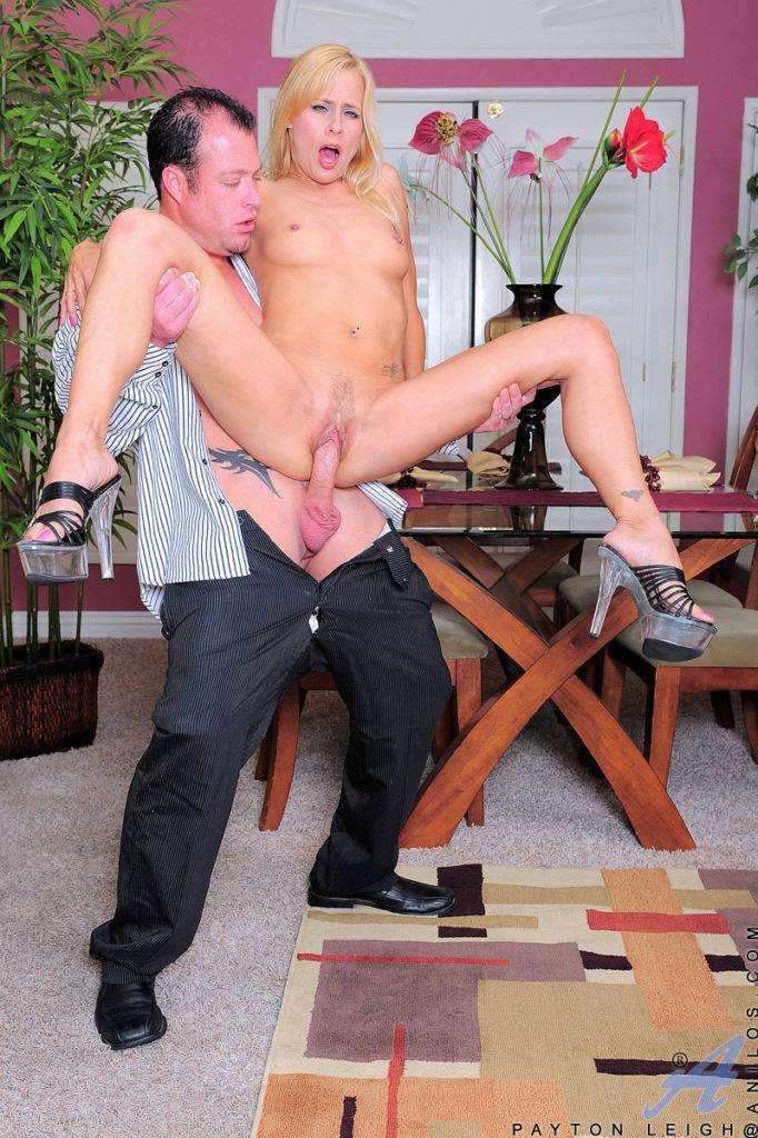 Sexy Blonde Milf Payton Leigh Gets Fucked With Her Lover At Anilos
