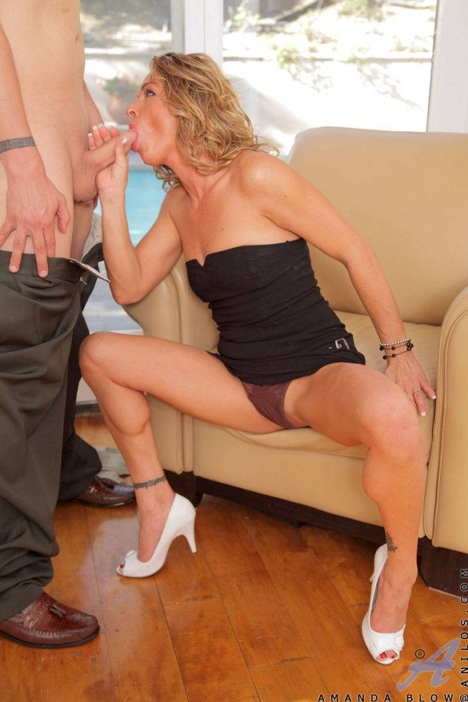 Super Sexy Milf Amanda Blow Just Sucking And Fucking At Anilos