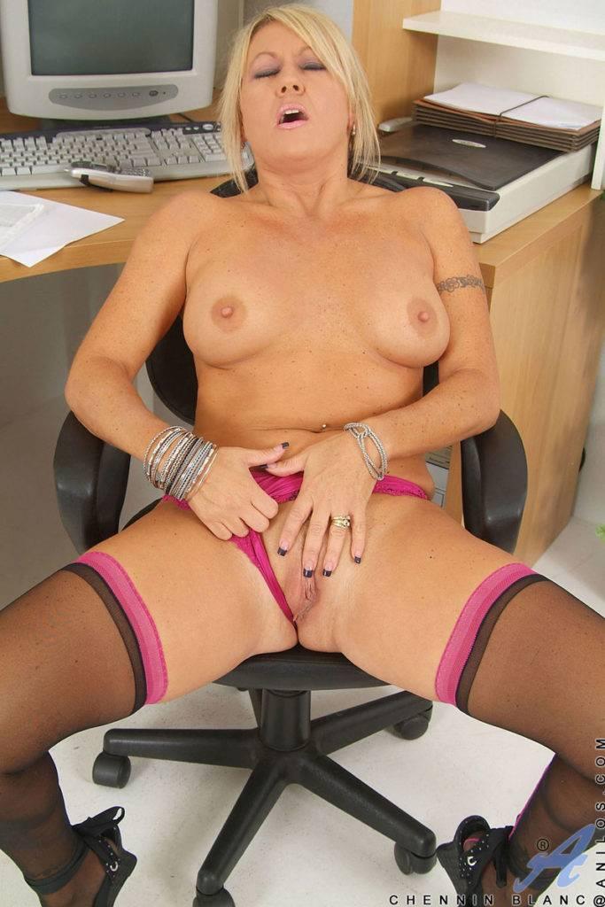 Blonde Milf Chennin Blanc Masturbate In The Office At Anilos