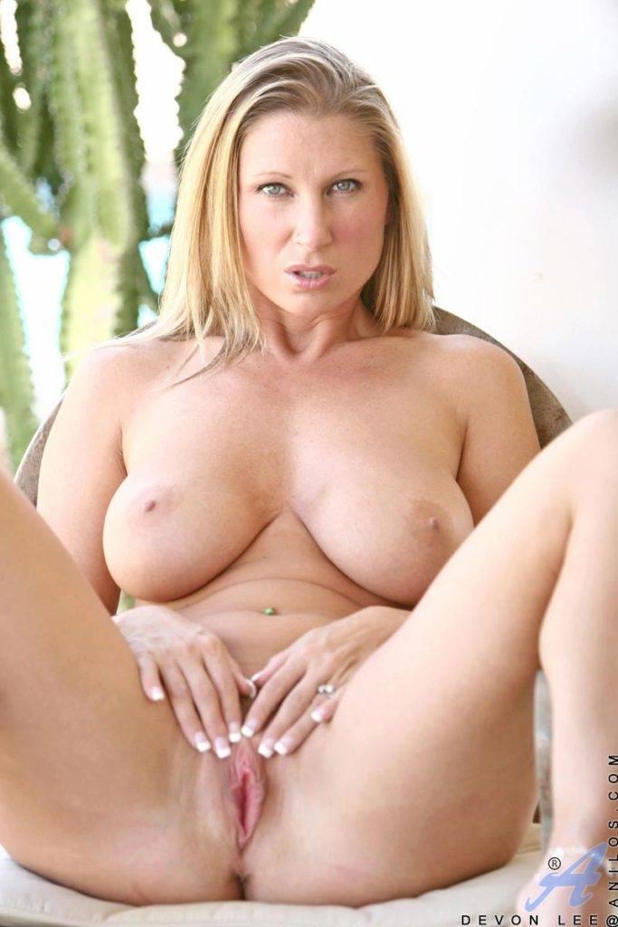 Hot Mom Devon Lee Is One Hot Sexy Cum Slut At Anilos