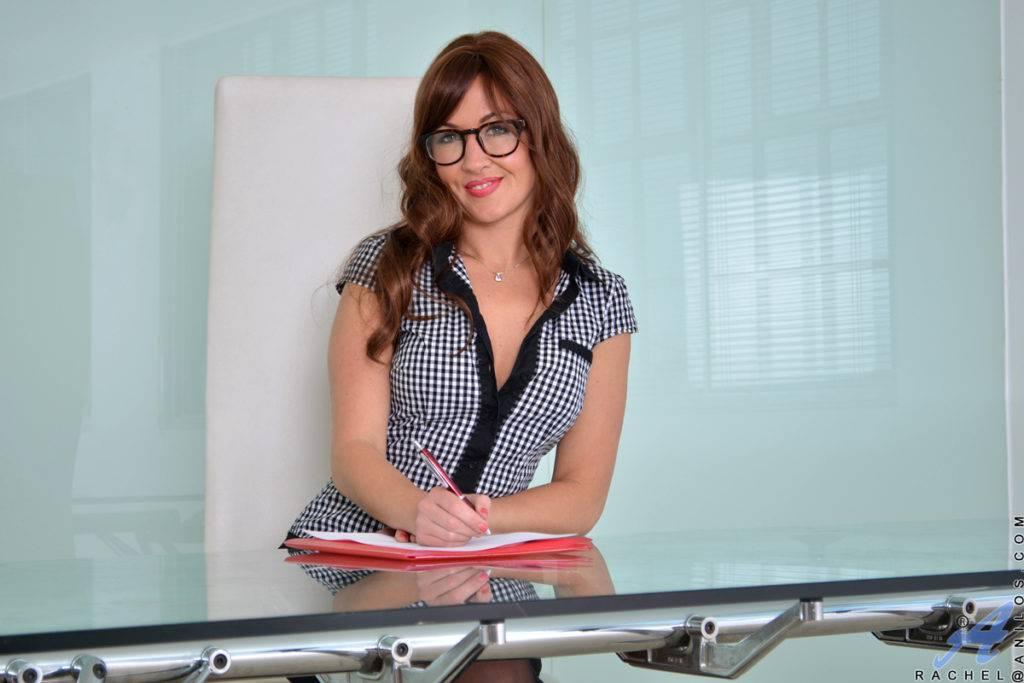 Sexy Milf Rachel Masturbate In The Office At Anilos