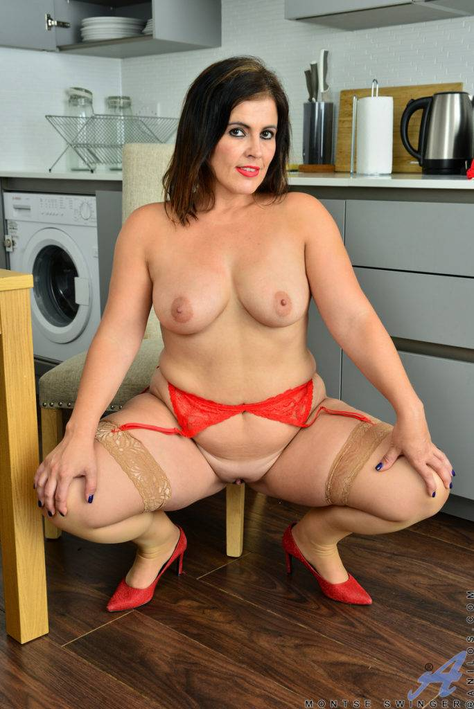 Busty Montse Swinger Playing With Herself In The Kitchen At Anilos